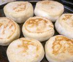 User:Lynne Name:Baking English Muffins.jpg Title:Baking English Muffins.jpg Views:2 Size:177.73 KB