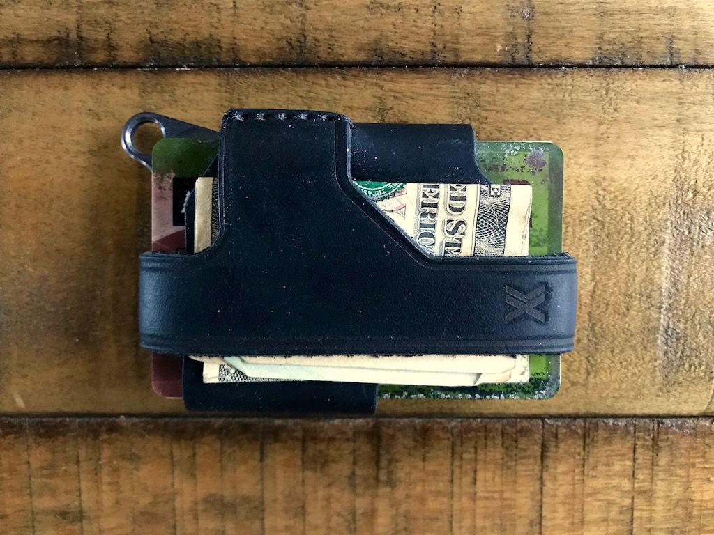 Trayvax Contour minimalist wallet.jpg