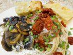 User:Lynne Name:Spaghetti With Bread.jpg Title:Spaghetti With Bread.jpg Views:8 Size:174.86 KB